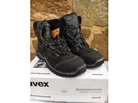 uvex S3 Safety Boots. Wide-Fit. Size 10.5/45