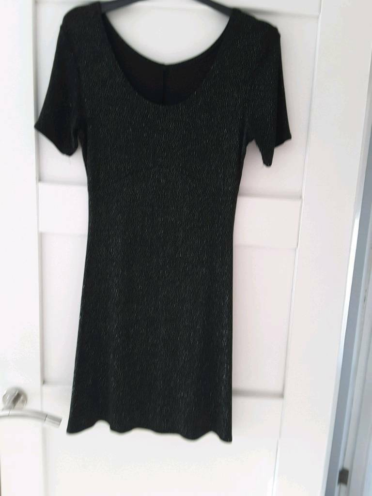 Dressin Gloucester, GloucestershireGumtree - Black sparkly dress size 12