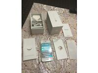 Apple iPhone 4S white UNLOCKED 16GB boxed all accessories NO OFFERS