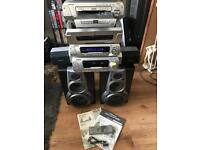 Technics muti DVD/cd hifi system with speakers and remote