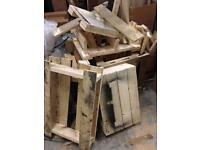 Wood pieces / small pallets - firewood