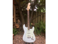 SQUIER STRAT surf model