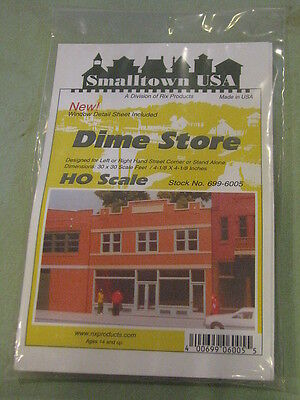 Smalltown Usa Ho  699 6005 City Buildings    Dime Store   Offices 4 X 4 1 8