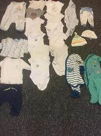 21 pieces 0-3 m baby clothes sleep suits and body suits bundle