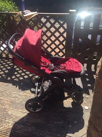 Lovely Girls Oyster Pram & Carry Cot Fab Condition Well Looked After