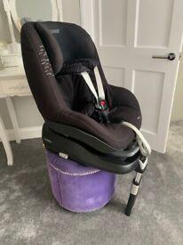 Maxi Cosi Pearl Car Seat with FamilyFix Isofix Base 9mths - 4yrs