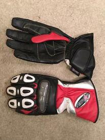 RST leather summer motorbike gloves size XXL red/white/black Never worn. New without tags.