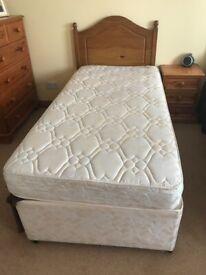Single divan bed(s)