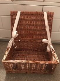 Wedding decoration - Wicker basket