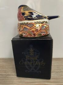 Royal Crown Derby Nesting Bullfinch Paperweight