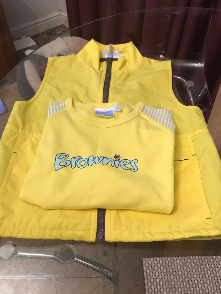 Brownies Uniform Long Sleeved T Shirt & Gilet Age 7-8