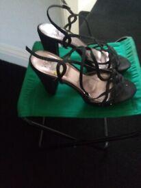Black suede scrappy sandels high heel