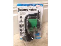 Streetwize Gadget Holder Single ( for Mobile Phone Sat Nav's MP3 's up to 110mm)