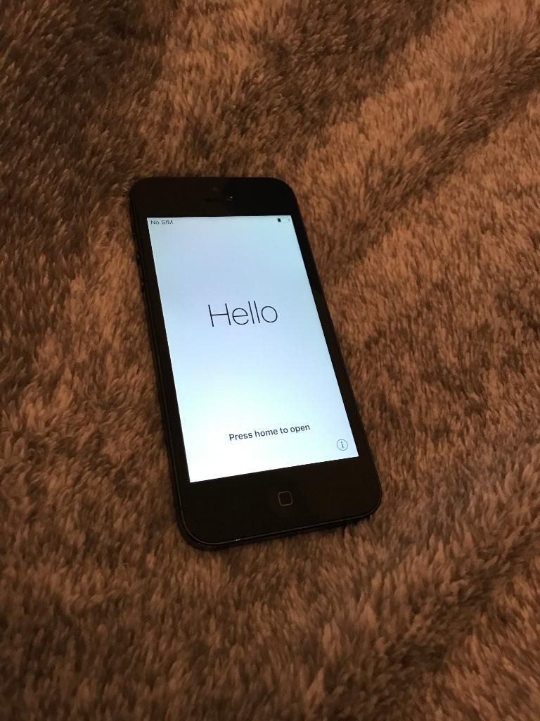 Iphone 5 unlockedin Great Barr, West MidlandsGumtree - Iphone 5 unlocked to all networks 16gb, Black Very good condition Boxed with chargerFixed price , No Offers Fixed price