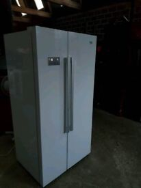 White Gloss A+++ Class Total No Frost American Style Fridge Freezer In Very Good Condition