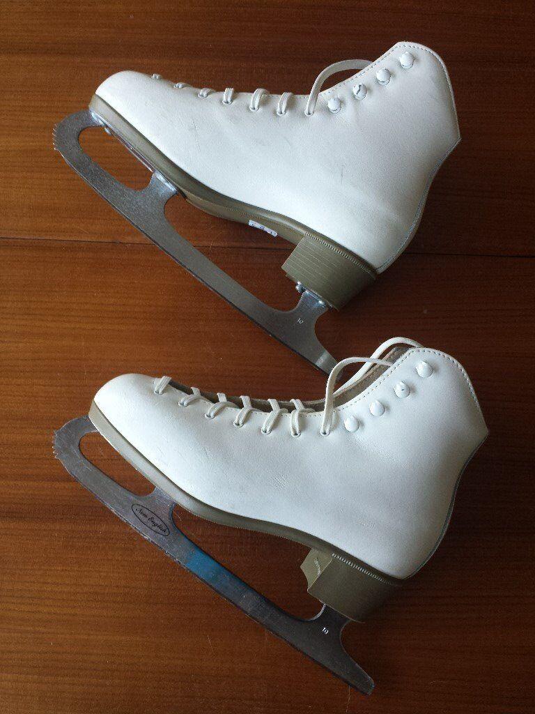 Ice Skates - Women's white size 6 1/2