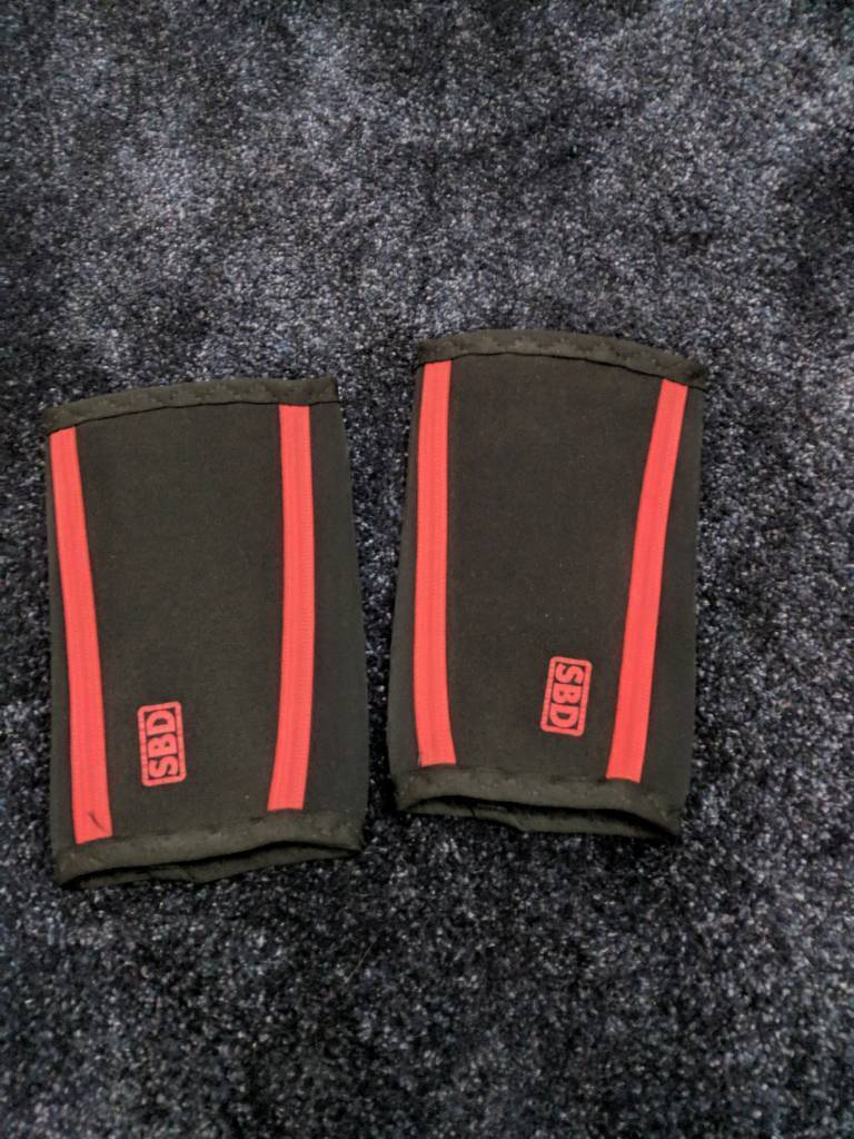 2df72048fc SBD elbow sleeves, Medium, IPF approved | in Oldham, Manchester ...