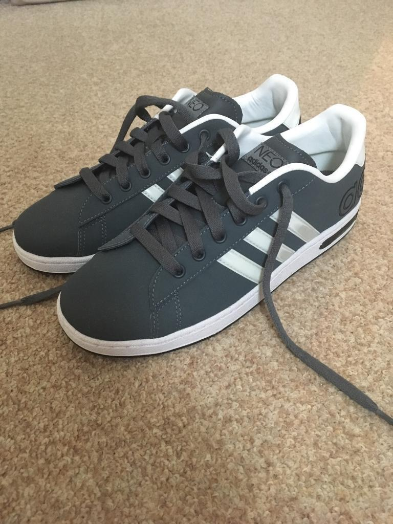 Adidas Neo Size 5.5