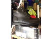 Steeltoe capped work boots