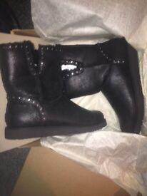 Genuine Ugg Boots size 7.5 uk