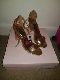 Pretty little thing rose gold block heel size 6
