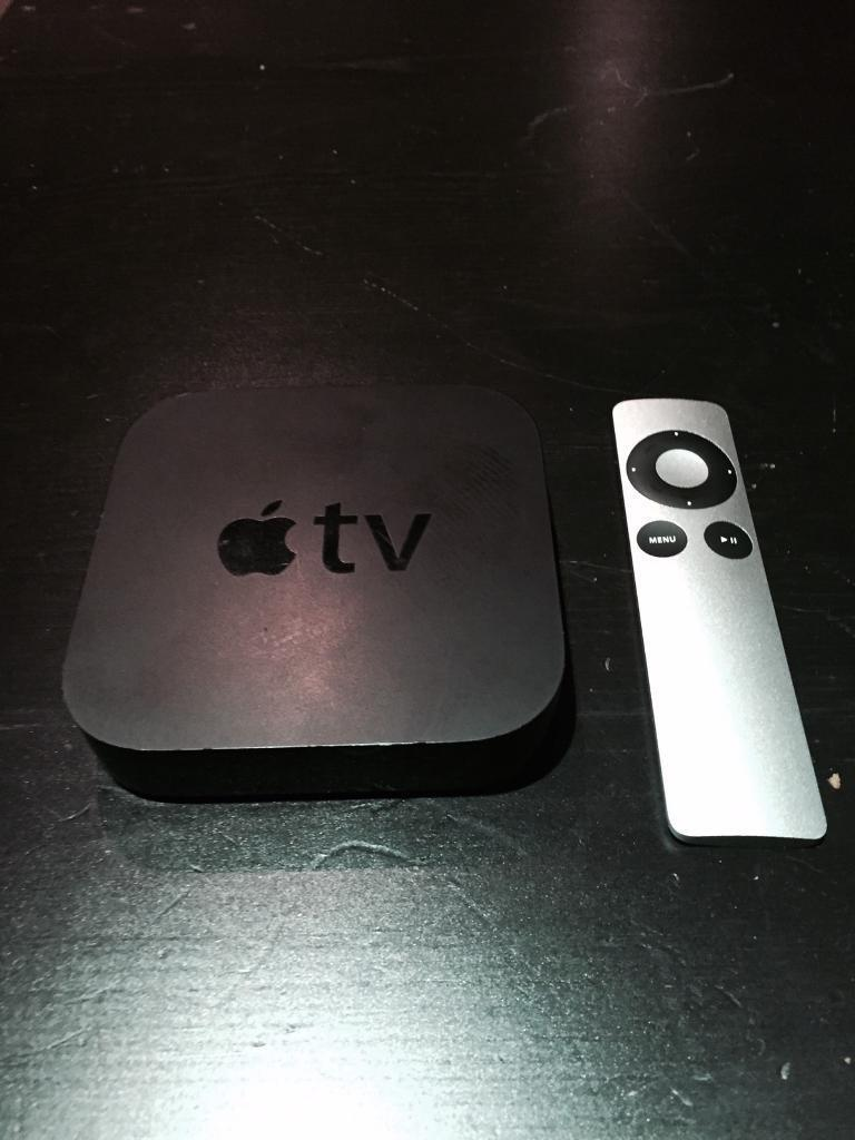 Apple TV 2nd Generation (Remote + Cable + HDMI)   in Nottingham City  Centre, Nottinghamshire   Gumtree