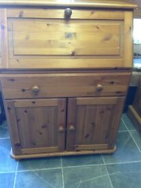 Pine bureau with 2 doors 1 drawer and pull down desk lots of compartments vgc