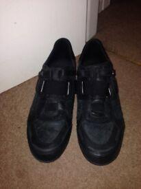 Men's new black diesel trainers, size 9