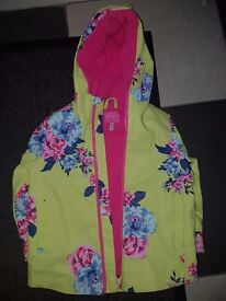 Age 2-3 Joules coat barely worn