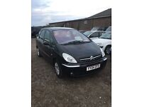 Automatic 2004 citreon Picasso Desiree lovely smooth driving car load of service history rare black
