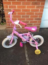Peppa pig bike with stabslisers