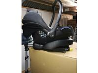 New born car seat with iso-fix base