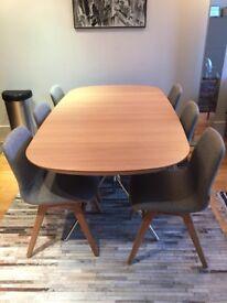 Boconcept Ottawa table - Scandinavian style