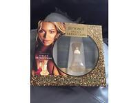 Beyoncé heat seduction set