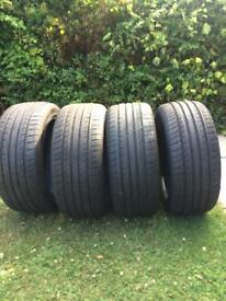 Car Tyre's