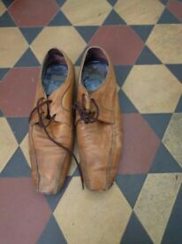 Ted Baker stylish brown leather shoes size 8
