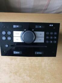 Vauxhall Astra Zafira CD/Radio 13357118 CD 30