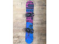 Ladies snowboard, bindings and bag