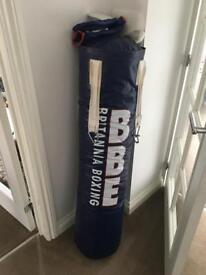 Bbe hanging punch bag