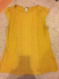 Various Clothes -£5