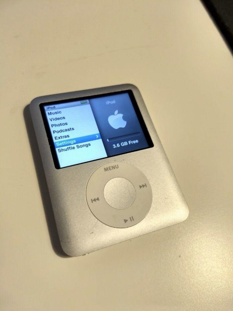 iPod Nano 3rd Generation 4 GB
