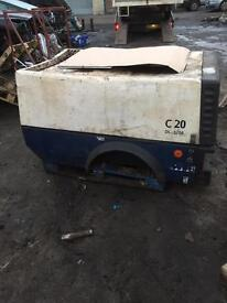COMPAIR DIESEL COMPRESSOR WITH SAND BLASTING SET UP AND SAND