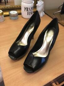 Nine West Court Shoe