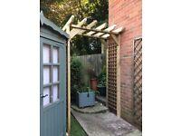 Carpenter - Bespoke Pergolas, Fencing, Sheds, Decking, Trellis, Planters and etc