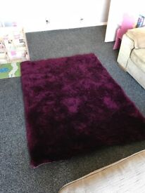 Magenta / purple shaggy rug