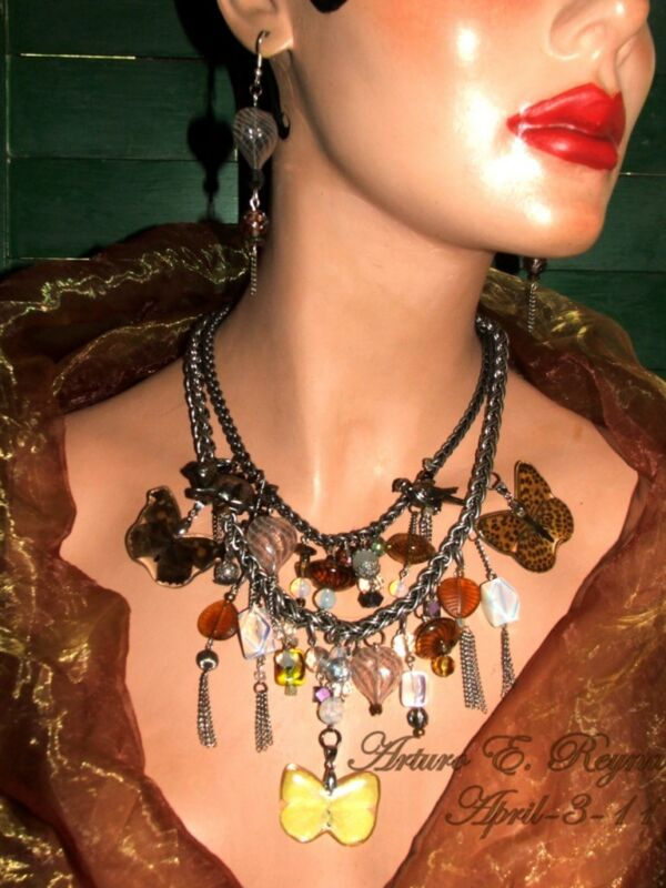 Artisan Real BUTTERFLY Gemstone Glass Bib/Necklace Set