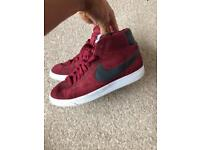 Authentic nike blazer size 8
