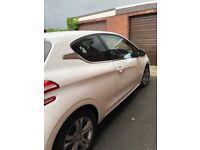 2014 white Peugeot 208 1.2 Allure Vti special edition, great condition!