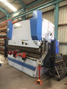 Machtech Synchro 7 Axis CNC Press Break Gepps Cross Port Adelaide Area Preview