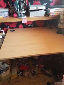 ***AMAZING condition electric adjustable desk***